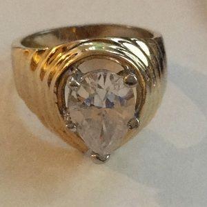 Jewelry - Vintage 14 KT GE diamond ring size 4.5